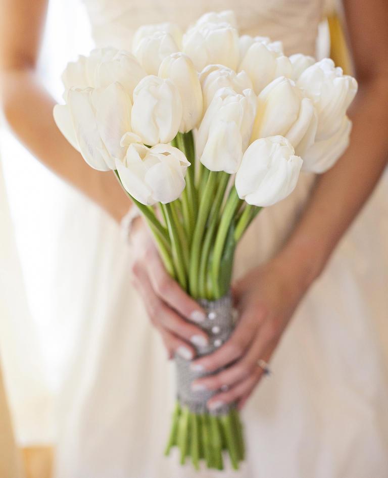 Wedding Flowers December: 15 Flowers In Season In December For Wedding