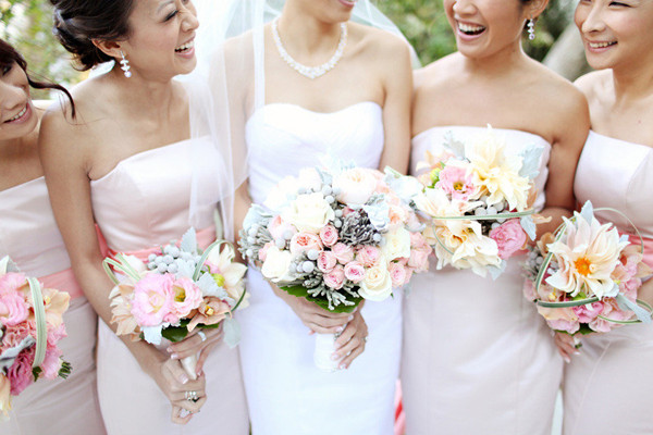 What's The Average Wedding Floral Budget? How To Cut Down