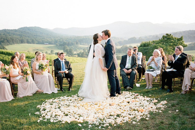 10 Things You Should Know For Renewing Wedding Vows