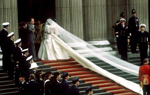 a glimpse into princess diana and prince charles wedding