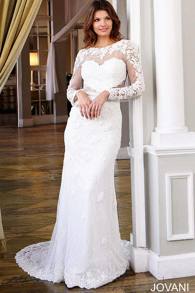 Elegant and au courant 20 long sleeve wedding dresses of for Wedding dresses for big chest