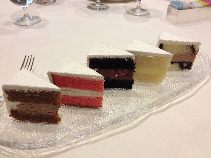 The Best Wedding Cake Fillings Weddings At Disney World What Should You Know