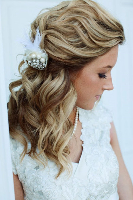 Awesome 19 Gorgeous Wedding Hairstyles For Medium Hair Everafterguide Short Hairstyles For Black Women Fulllsitofus