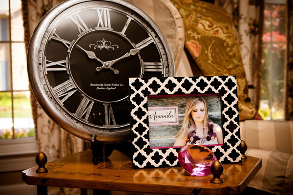 Ideas and gifts around the clock bridal shower for Around the clock bridal shower decoration ideas