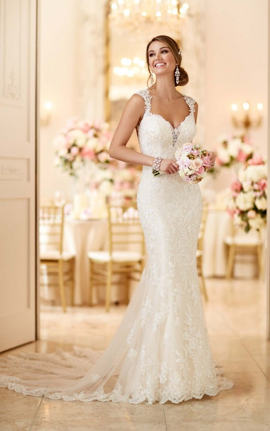 How early should you order your wedding dress for Where can i get my wedding dress steamed