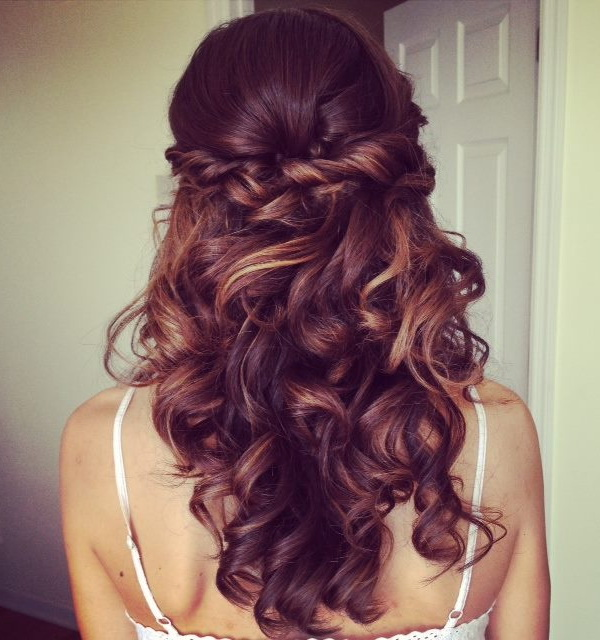 Astounding 20 Most Flattering Bridesmaid Hairstyles Everafterguide Hairstyle Inspiration Daily Dogsangcom