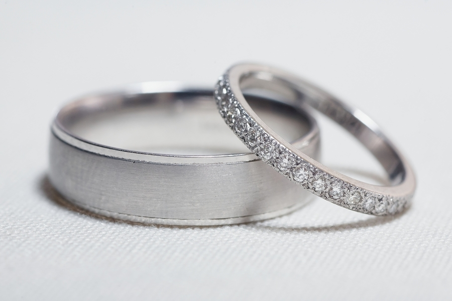 How To Pick Wedding Rings