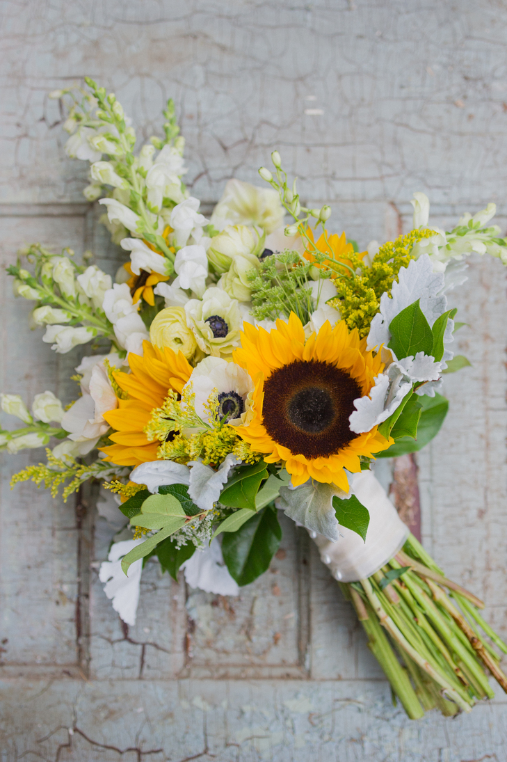 Warmth and happiness perfect sunflower wedding bouquet