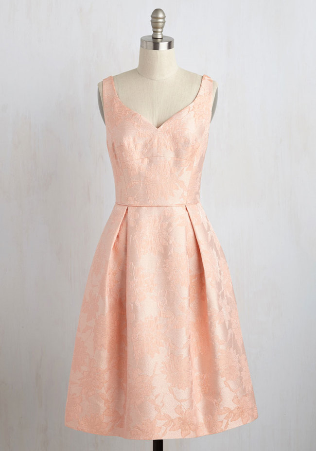 Pastel bridesmaids peach bridesmaid dresses everafterguide for Peach dresses for wedding
