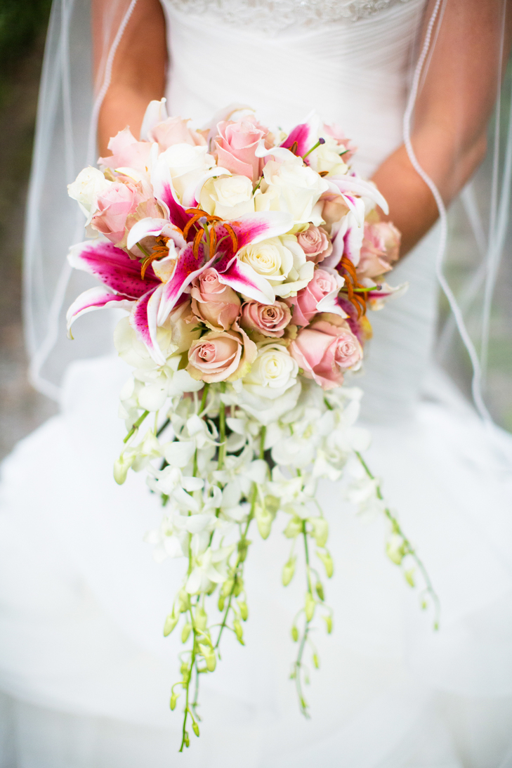 Bridal bouquet meaning origin and symbolism everafterguide - Flowers good luck bridal bouquet ...