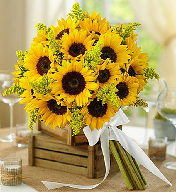Sunflower Wedding Bouquet Ideas: Warmth And Happiness: 20 Perfect Sunflower Wedding Bouquet