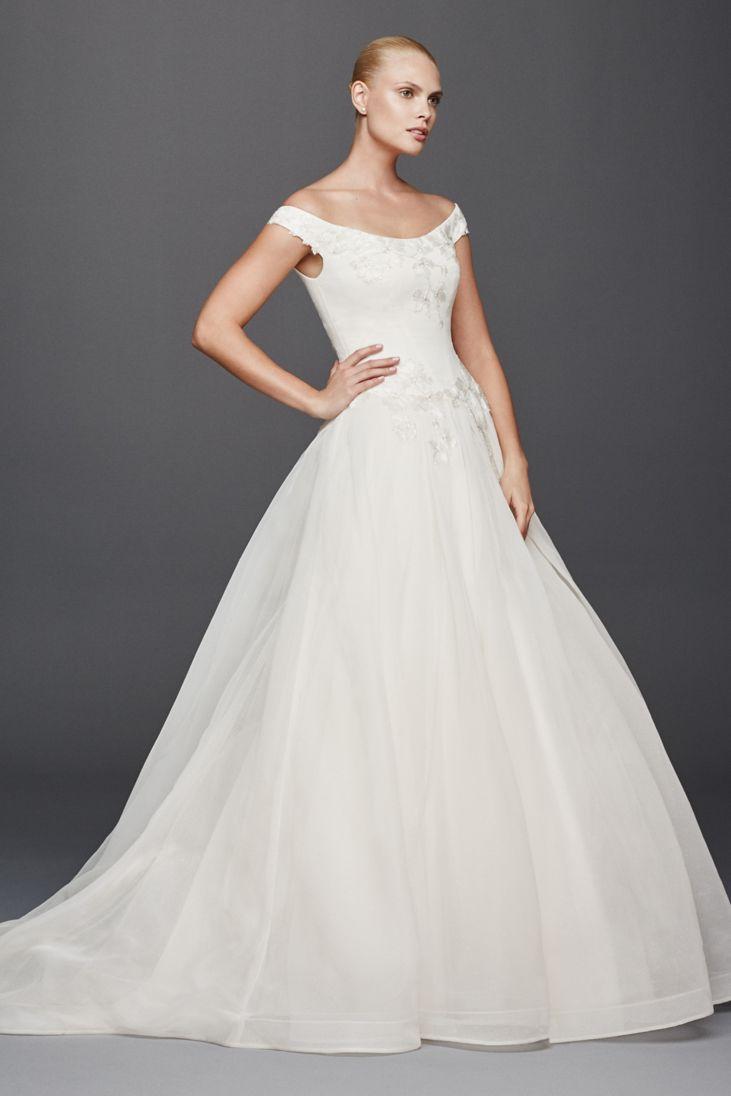 26 best off the shoulder wedding dresses everafterguide for Wedding dress off the shoulder