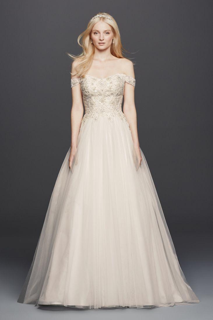 26 best off the shoulder wedding dresses everafterguide for Off the shoulders wedding dress
