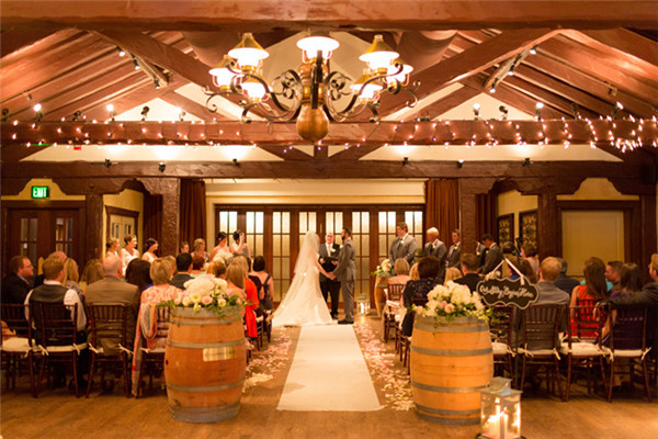 10 Romantic Outdoor Wedding Venues: 15 Best Wedding Venues In Orlando: From Romantic To