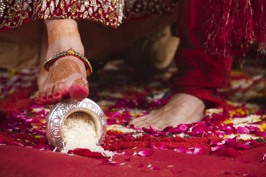 Hindu Wedding Ceremony Traditions What To Expect