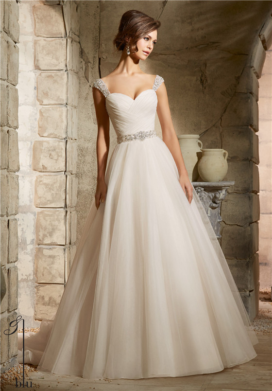 wedding dresses for big busts tips and top picks everafterguide