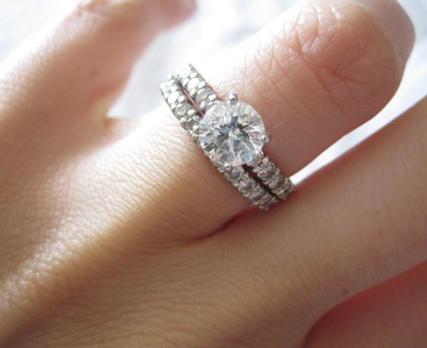 How To Resize Engagement Ring: Tips And Warnings