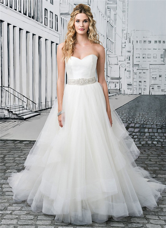 Wedding dresses for big busts tips and top picks for Wedding dresses for big busted women